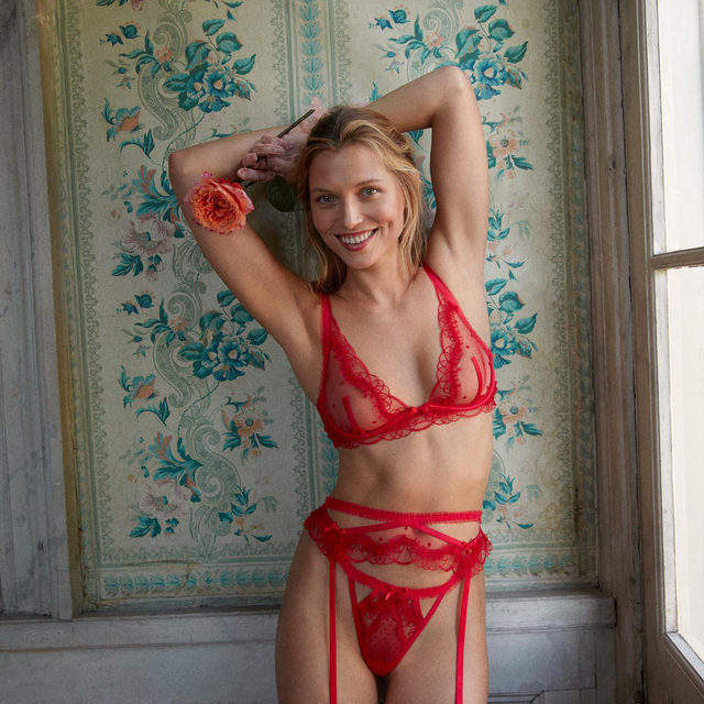We'd be surprised if the Margaux set wasn't on your wishlist #FLLforVS