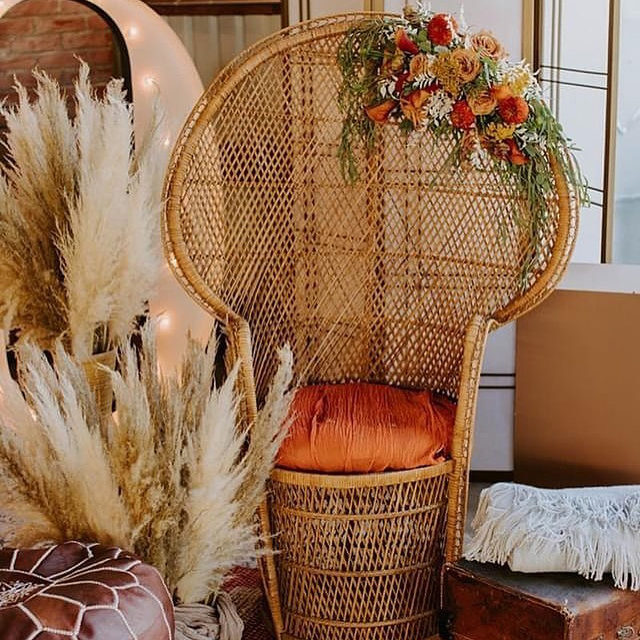 """Pampas grass, papaya hues, and a peacock chair make for the best combination for any fall wedding!  Swipe right to check out our #StationeryComplement and shop via the #linkinbio! ✨ __ """"Olive Branch"""" Save the Date by #MintedArtist Annie Mertlich of @wildfieldpaperco  Photography: @ensignphotography  Planning: eventsbyedz  Florist: @flowerskimjohnson  . . . #weddingideas #weddinginspiration #florals #fallwedding #bridalsuite #weddingdecor #weddingdetails #weddingphotography #weddingplanning #justengaged #thatsdarling #pursuepretty #theknot #sayido #howtheyasked #marthaweddings #weddingseason #engagementseason #weddingplanner #weddinginvites #savethedate #weddingdecor #ceremonybackground #weddingflowers #weddingceremony"""