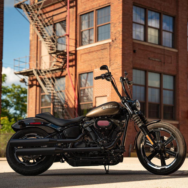 Add that finishing touch. Hit the link in our bio to customize your ride.  #StreetBob #HarleyDavidson