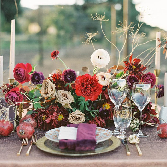 A little color and some holiday table inspo for you today ❣️❣️❣️Such a stunning set up! Planning & Design @everyelegantdetail Florals @amyburkedesigns Photo @carliestatsky  #latavolalinen #transformyourtable #bbjlt #bettertogetherbbjlt #holidayinspo #happyholidays #colorful #holidaytable #jeweltones #copper #festivetablescape #santaluciapreservewedding #santaluciapreserve #carmelvalley #carmel