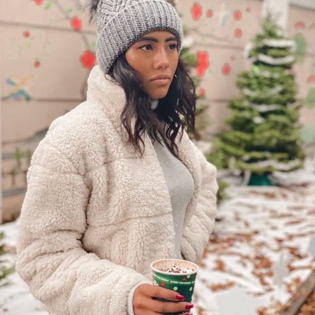 Coat Check ✔️ Stay warm this winter in the Puffer Jacket. Link in bio. #heydahl  . . . #healdsburg #santarosa #winecountry #sonomacounty #freepeople #belladahl belladahl  @punchhealdsburg
