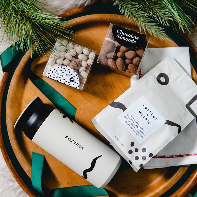 Three days until Christmas and that's plenty of time to get your last minute gifts delivered. Need an idea? How about some coffee? It's always needed, can never have too much, and is delicious—the perfect gift.