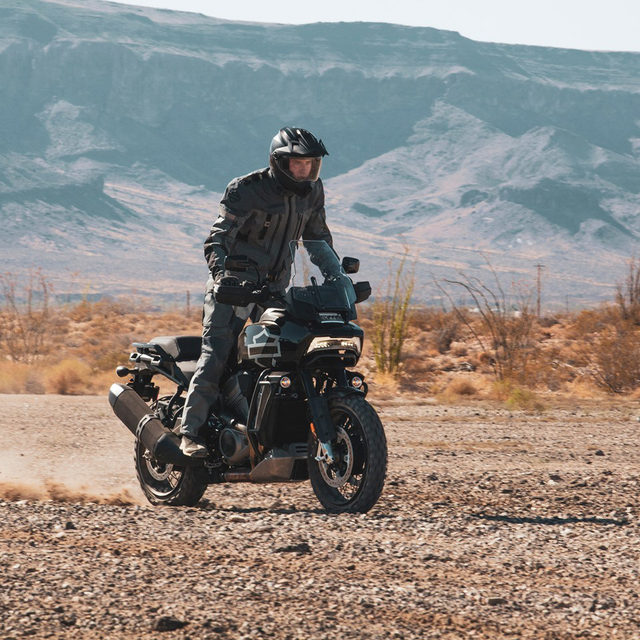 We're looking forward to more chances to ride with others, experience new routes, and to do it all on revolutionary new bikes.  Hit the link in our bio to find out what else we are excited for in 2021. #HarleyDavidson