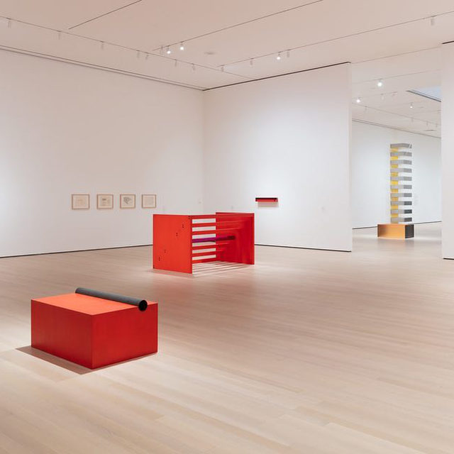 "#DonaldJudd: Donald Judd's first US retrospective in over thirty years closed today at MoMA in New York. Named one of the ""most important moments in art in 2020"" by the ""New York Times,"" the exhibition brought together sculptures, paintings, drawings, and rarely seen works from throughout Donald Judd's career.   On the occasion of the retrospective, Gagosian presented ""Artwork: 1980,"" Judd's largest single plywood work, stretching 80 feet wide. This was the first time the work has been exhibited in New York since it was originally shown at Castelli Gallery in 1981. Follow the link in our bio to watch a walkthrough of the exhibition on ""Gagosian Quarterly"". _________ #DonaldJudd #GagosianQuarterly #Gagosian @nytimes @themuseumofmodernart @juddfoundation  Installation views, Donald Judd, Museum of Modern Art, New York, March 1, 2020–January 9, 2021. Artwork © 2020 Judd Foundation/Artists Rights Society (ARS), New York"