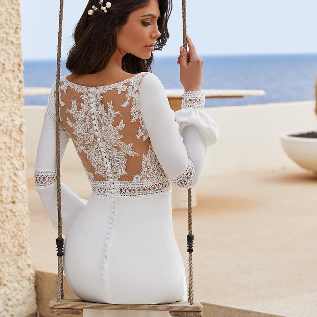 Juliette-style sleeves and delicate lace inserts. Its the flattering Daryl dress. Link in bio to book your appointment. #Pronovias