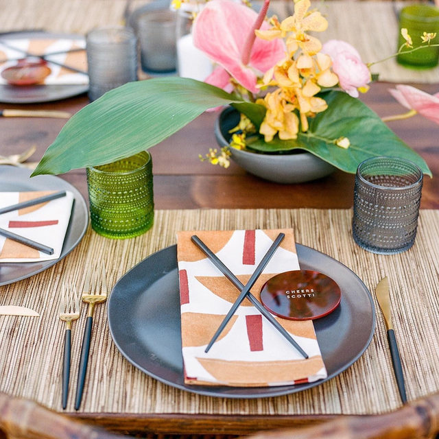 Just LOVE this set up with our #tuckerlinen napkins in Butternut 👘🌺🍣🍃 Clean and simple but colorful with great texture 💯Amazing job by @unveiledhawaii and @mandygracedesigns 📷 @christinamcneill   #latavolalinen #transformyourtable #bbjlt #bettertogetherbbjlt #balineseinfluced #wabisabi #tabletop #balanceddesign #tropicalwedding #livecolorfully #hawaiiwedding #destinationwedding #orhcids #hawaii #maui #kapalua