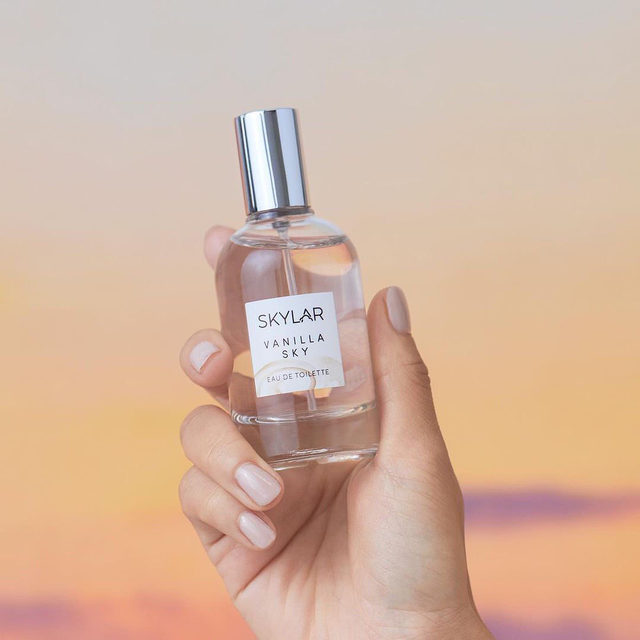 From our friends at @skylar: Indulge in comforting notes of vanilla, caramelized cedar and a touch of cappuccino. Vanilla Sky is now available at Sephora! Leave a ☕ below if this scent is just what you need!  SKYLAR Vanilla Sky Eau de Toilette