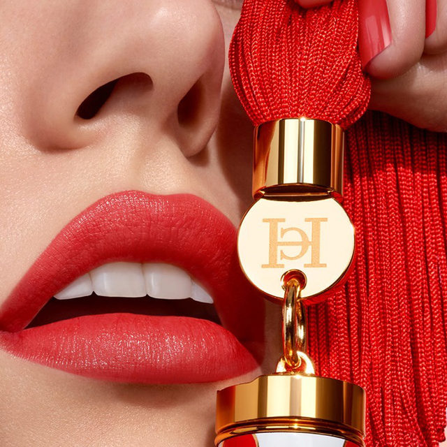 Start the new year as you intend to go on: With our new Sheer shade Pinky Peanut (color n° 181) on your lips and a swish in your tassel! Shop our latest shade exclusively online at carolinaherrera.com for Spain and the UK. #HerreraBeauty