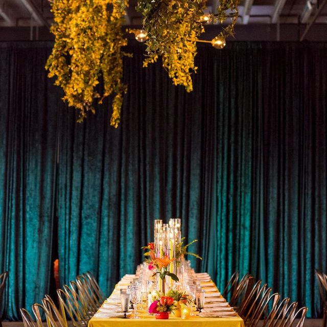 It's going to be a bright, sunshiny day 🌞 Sunshine yellow and shimmery emerald green 🦚 Loving this color combo with our #velvetlinen in Golden from @adominickevents @amaryllisinc 💛 Photo @procopiophoto   #latavolalinen #transformyourtable #bbjlt #bettertogetherbbjlt #yellow #yellowandemerald #weddingcolors #colorcombo #colorstory #velvet #velvetwedding #washingtondc #dcwedding #newdawn #newdawnnewday