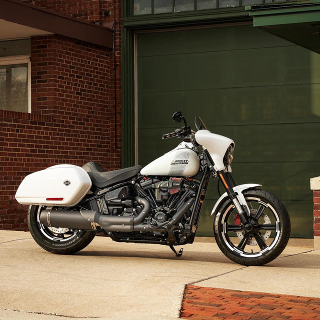 The 2021 #SportGlide features an aggressive combination of cruising agility and long-distance touring. Hit the link in our bio to see all the parts & accessories shown. #HarleyDavidson
