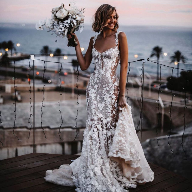 📣 Big news! Due to the overwhelming success of our @galialahav trunk show, we have decided to extend it from tomorrow until Saturday! 👰・You don't want to miss your chance to try on the gown of your dreams and be able to purchase with special trunk show pricing! ❤️・To make your appointment, please call our Fifth Avenue salon at 212-764-3040 or send us a DM for more information. You can also request an appointment by clicking the link in our bio, and we will get back to you ASAP 🥂 #REPOST  📸: @tali__photography  👰: @galialahav @gl__couture @blushbridal_mallorca  💐: @florist_mallorca_brigitta