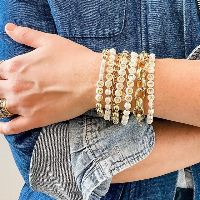 Happy International Women's Day! 🎉 Celebrate by empowering the next generation of female leaders with our Sisterhood Collection, a capsule of fun letter-bead bracelets. 100% of their proceeds benefit @girlsinc Nashville, a nonprofit that works to inspire all girls to be strong, smart, and bold through mentorship and research-based programming. 💙@girlsincnashville