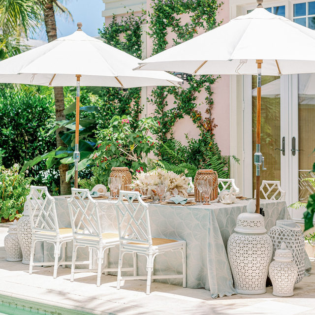 Entering a poolside state of mind! 🌴 Who wouldn't mind sipping on something fruity, relaxing at this stunning tropical tablescape? With the temperatures getting warmer, we are looking forward to seeing more and more colorful linen! Featuring our Laguna Navarre Table Linen. Use the link in our bio to start planning your own poolside escape with this beautiful linen.  _________ Credits: Planner: @annaluciaevents Photography: @hunterryanphoto Floral: @50fiftyevents Rentals: @party_time_rentals_naples, @eventsontheloose