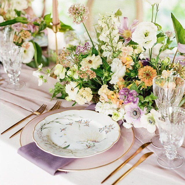 If you've been searching for the perfect spring inspiration, look no further! This stunning place setting made us immediately think of a picturesque Disney scene. Cute little forest animals and all. 🐇🦔🐿️ 🦌🌷 Fit for a princess, we love every single detail! Featuring our Egret Sonoma Table Linen, @latavolalinen Aurora Mauve Runner, our Dusty Lavender Sonoma Napkin, and Alabaster Blush Charger. Use the link in our bio to start planning your own fairytale table.  _________ Credits: Planner: @laurelandrose Photography: @rachelhavel Floral: @theperfectpetal Rentals: @enjouestudio, @copartyrentals  Venue: @boulderflowerfarm | @bbjlinen