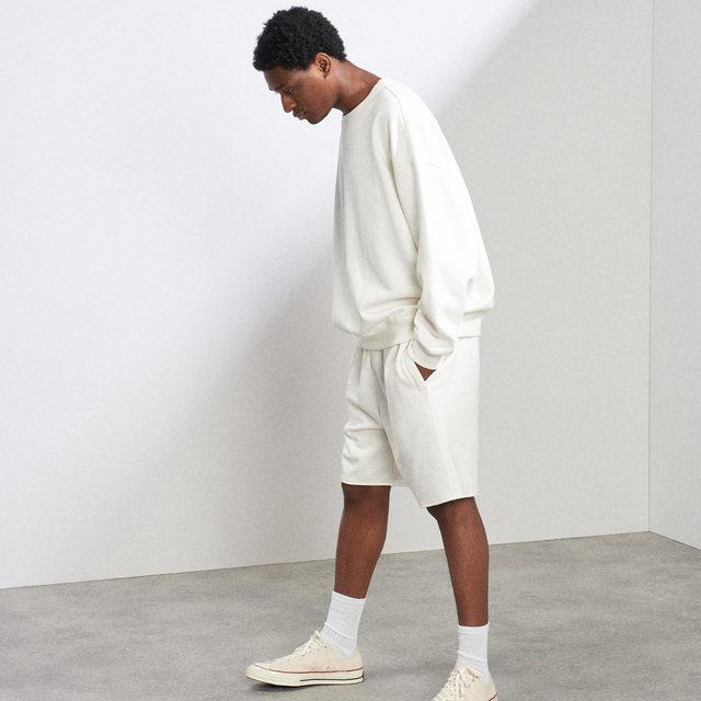 Just dropped mens sweatshirting 🙌  great weekend wear ☀️  Link in bio. #Raey