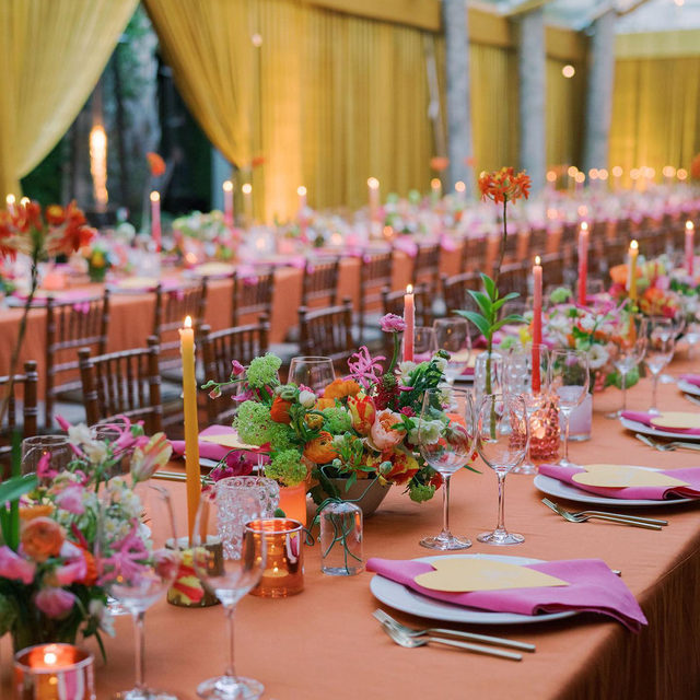 Feeling pretty star-struck by this incredible and colorful #wedding with our #tuscanylinen in Spice with Fuchsia napkins 🧡💕🤩 So good! 🙌 Planning & Design @bowen.studio Floral Lead @waters_studio with assistance from @swellbotanics @rach_rix @sygdesigns @gatheringevents @charlestonstems 📷 @corbingurkin Tap for the whole team!  #latavolalinen #transformyourtable #bbjlt #bettertogetherbbjlt #linen #natuallinen #linenlife #linennapkins #linentablecloth #brightcolors #livecolorfully #colorfulwedding #charlestonsc #charlestonwedding #southcarolinawedding