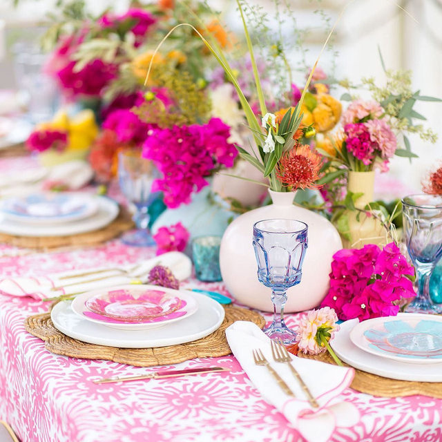 A colorful source of inspiration is just what we needed on this dreary day! ☀️ The radiant colors and patterns have our hearts longing for the warm sunshine of Summer. Featuring our Watermelon Cay Table Linen and Boca with Watermelon Trim Napkin, we absolutely love everything on this tablescape. Use the link in our bio to start planning your own summer soiree!  _________ Credits: Planner: @kiranandleigh Photographer: @brianleahyphoto  Floral: @bloominggallery  Paper: @poste_co  Rentals: @archiverentals