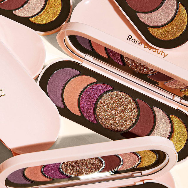 We are over the moon for this new palette from @rarebeauty by @selenagomez launching soon 🌙 The Discovery Eyeshadow Palette includes seven easy-to-wear, crease-resistant shades in a range of finishes that stay put all day without fading 🤩 Tap the image to set a reminder so you don't miss out!  Discovery Eyeshadow Palette