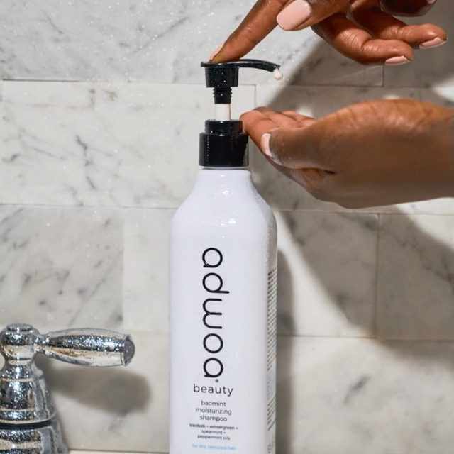 From our friends at @adwoabeauty: sulfate free shampoos won't sud on the first wash like their sulfate counterparts, if your hair isn't saturated with water. that's why you'll normally see more suds on wash #2. ⠀ for a sudsy washday 🧼 on your first shampoo, make sure to wet your hair for 45-60 seconds before applying.   Available at Sephora.   adwoa beauty Baomint Moisturizing Shampoo