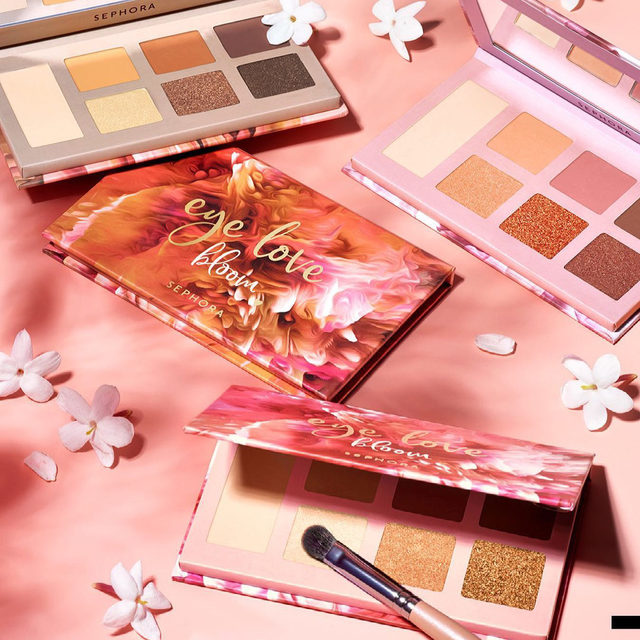 The sun is shining, birds are chirping, and the new @sc Eye Love Bloom Palettes are ripe for the picking 💐These matte and shimmery nudes with beautiful pops of color are ready for all your spring eye looks, and they're only $14 each 😌 … Eye Love Bloom Eyeshadow Palette  Makeup Match Shadow Brush