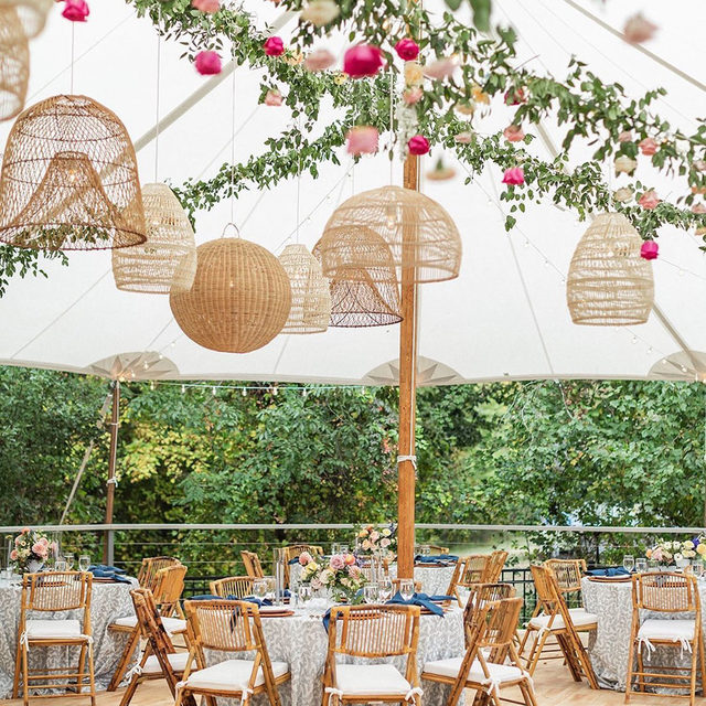 Dreamy wedding with our #luisalinen in Navy and #tuscanylinen napkins in Wedgwood under a canopy of white, greenery and basket chandeliers from @katemurtaugh and @wilddahlia_ 🌿💕🌸 #allthedetails adding up to make one beautiful event! 📷 @katherinebrackmanphotography   #latavolalinen #transformyourtable #bbjlt #bettertogetherbbjlt #embroidery #somethingblue #tentwedding #hangingflorals #floralchandelier #bohostyle #weddingdesign #weddingdetails #eventdesign #boston #bostonwedding #massachusetts