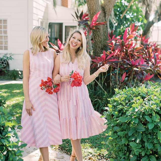 Seer-iously sweet 🌸👭✨ Our spring seersucker — in feminine shades of light pink, fuchsia, red and vibrant orange —  is our new favorite thing