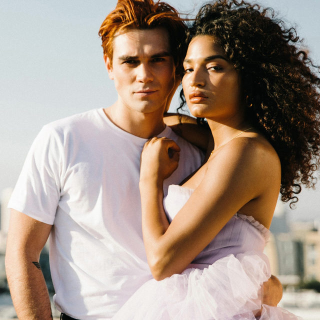 @kjapa brings a little creativity to everything he touches; @IndyaMoore is a freedom fighter who inspires the world. Meet the fearless, forceful faces of 212 Heroes.  #212CarolinaHerrera #212ForeverYoung