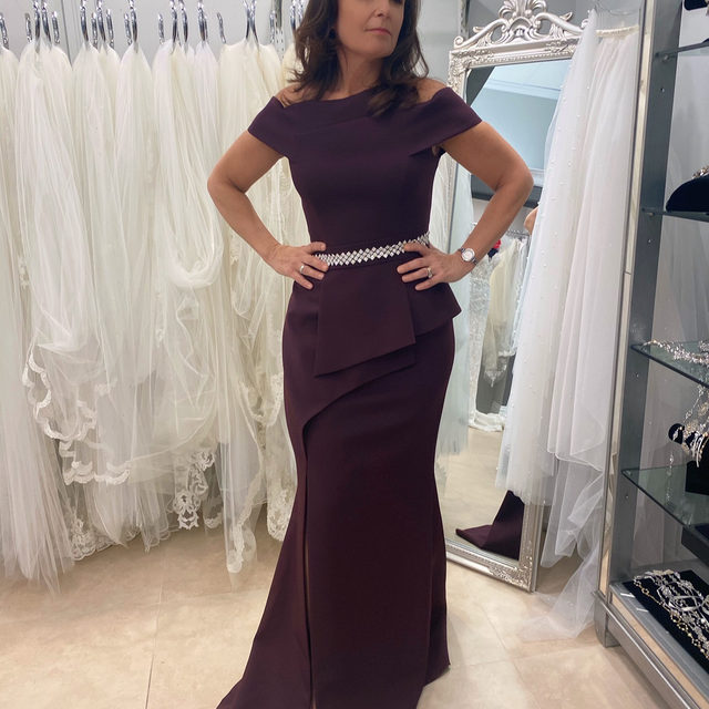 Daydreaming about #Daymor 💭✨・Our #MotherofTheBride & #EveningWear trunk show is running now through May 1 at our Carle Place salon! 💜 Grab your #MOB or #MOG and make your appointment ASAP! We have some @alexanderbydaymor beautiful styles, such as 1470, modeled by our very own Andrea! 😍・To make your appointment you can send us a DM, click the link in our bio or call our salon at 516-742-7788! We are open until 7pm today 🥂