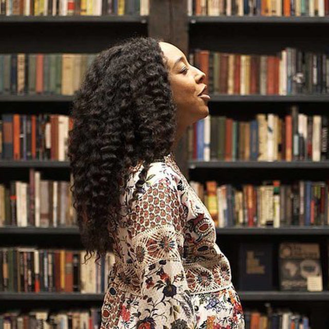 """Tune in today at 3pm EDT for a conversation between Theaster Gates and Grammy Award-winning musician Corinne Bailey Rae, hosted by the San Francisco Museum of Modern Art. The London-based singer appears as a key performer in Gates's two-channel video installation """"Do you hear me calling? Mama Mamama or What Is Black Power?"""" (2018), one of the featured works in the exhibition """"Future Histories: Theaster Gates and Cauleen Smith,"""" on view at the museum through May 23. The pair will discuss their collaboration and Gates will screen an excerpt from this piece during the program. Follow the link in our bio to register for the event. __________ #TheasterGates #Gagosian @theastergates @corinnebaileyrae @sfmoma Theaster Gates, """"Do you hear me calling? Mama Mamama or What Is Black Power?,"""" 2018 (still) © Theaster Gates. Photo: David Sampson"""