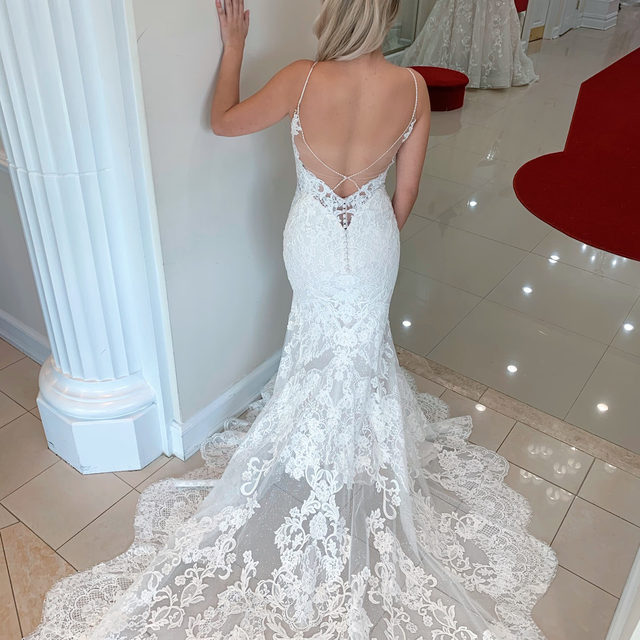 You asked, and we delivered! 👰・We got so much love on the Nini gown from @enzoani & requests to see the back, and here she is! #Enzoani trains are goals 😍・You can try this gown on at our Massapequa salon now! To make your appointment, you can call the salon directly at 516-795-2222, send us a dm, or even click the link in our bio! 🥂 We'll see you there!