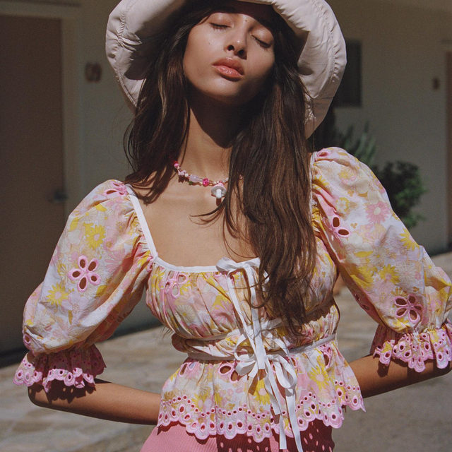 Pretty little spring thing // The Claire Blouse