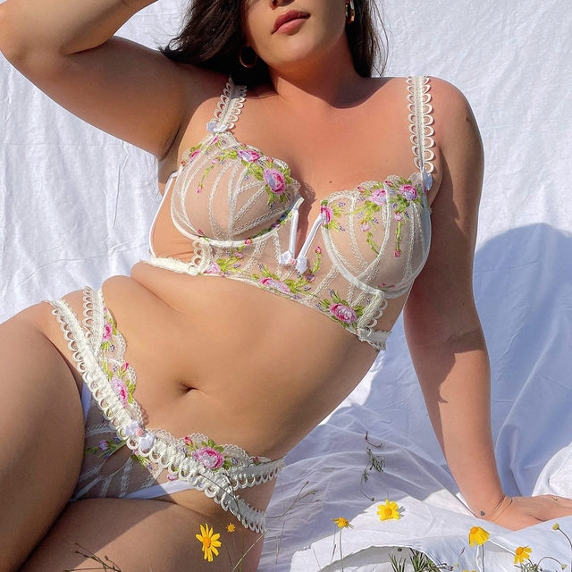 Basking with @ali_tate_cutler in the Trellis Rose Bustier and Thong Panty