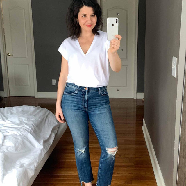 One of my top 3 white t-shirts (from my upcoming monster white t-shirt post) is part of @Saks Buy More Save More Event with code WDENIMSF! This Frame deep cut v is a TOTAL beauty in person. Wearing S in photos, but exchanged for XS—fits better and V isn't as deep. xo, Linzi . Click the link in our bio to shop Linzi's looks.